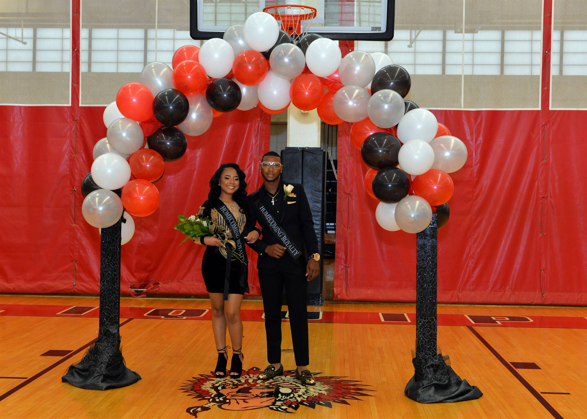Homecoming Cherakee and Zyrae balloon arch