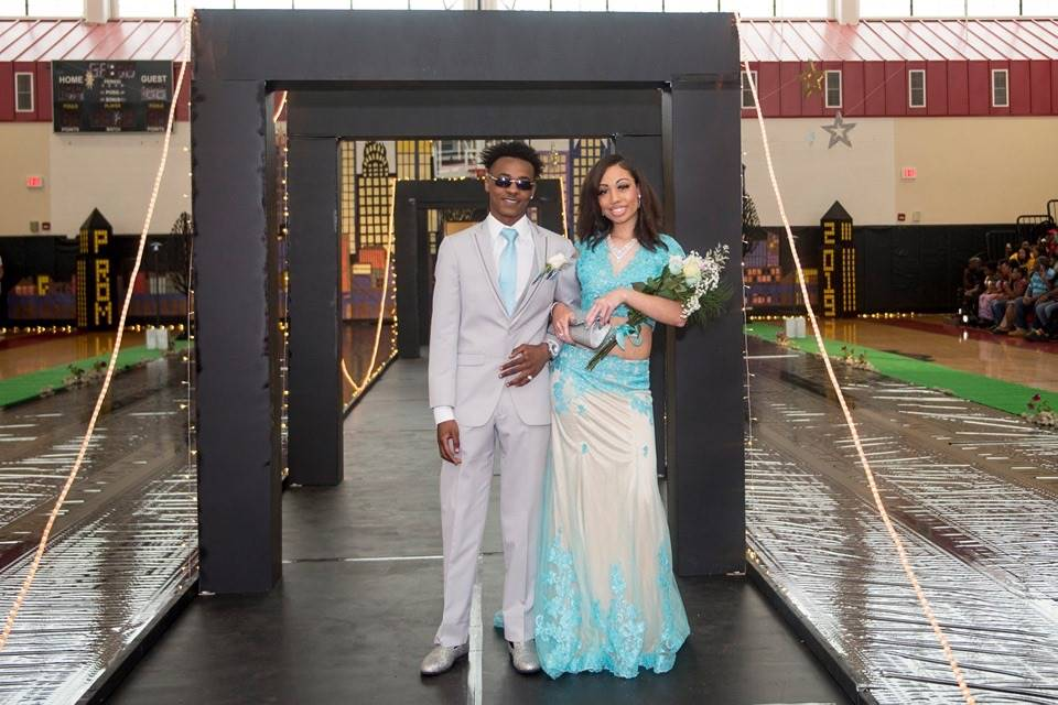 Grand March Couples (Prom 2019)